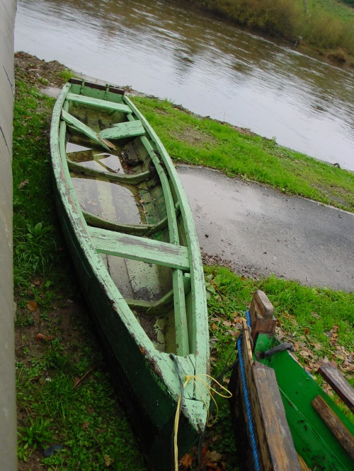 A cot ashore in Carrick-on-Suir
