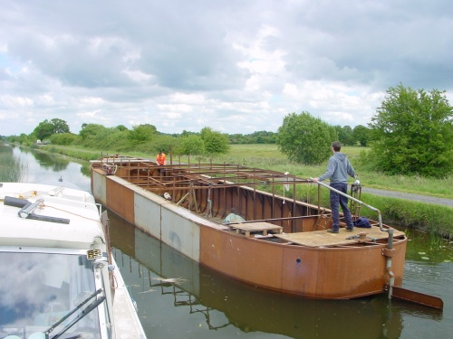 Replica GCC motor-barge heads for Tullamore