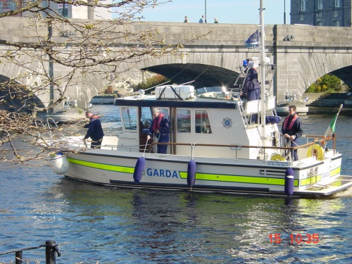 Garda boat at Athlone