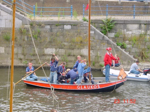 Scouts arrive in Roermond