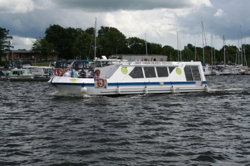 River Run passing Lough Ree YC near Athlone (July 2009)