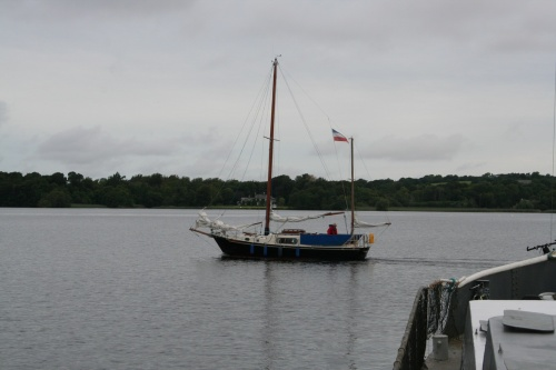 Unidentified ketch leaving Dromineer
