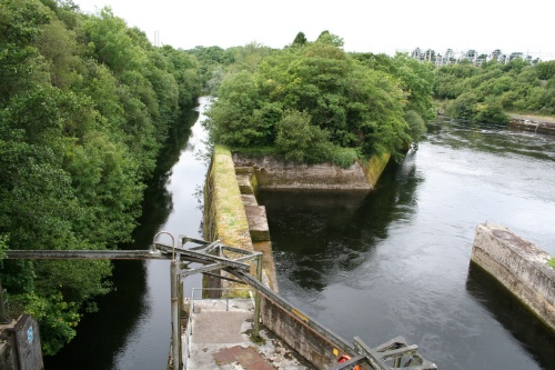 The short canal and the tailrace