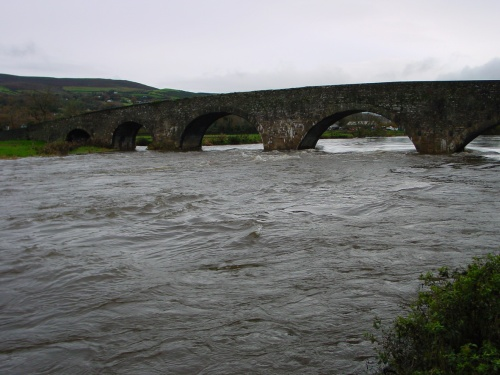 The river below the bridge (2006)