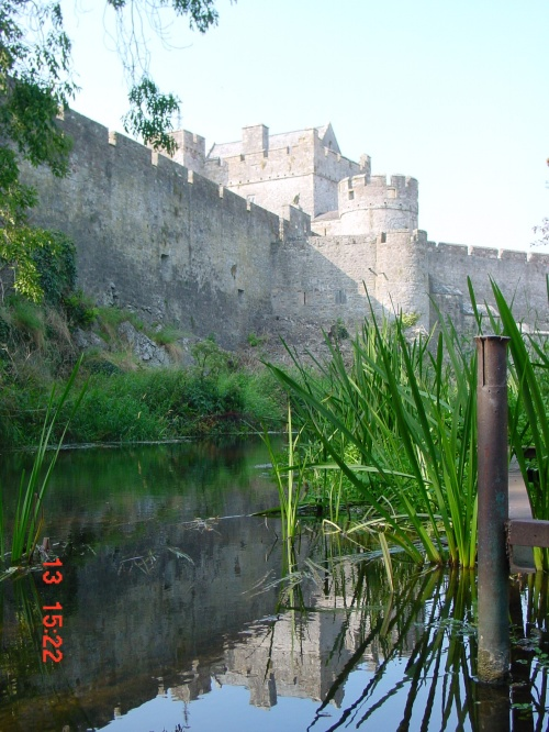 Cahir Castle on the River Suir (2002)