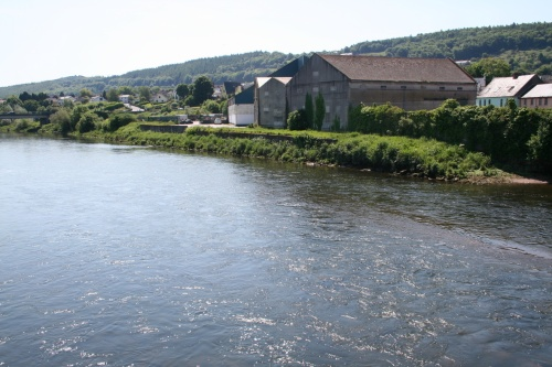 Carrickbeg from the old bridge (2009)