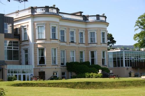 Hotel Minella (2009)