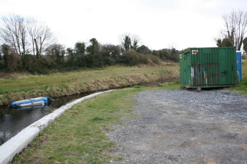 Blue loo at Monasterevan (Barrow Line of the Grand Canal) 2009