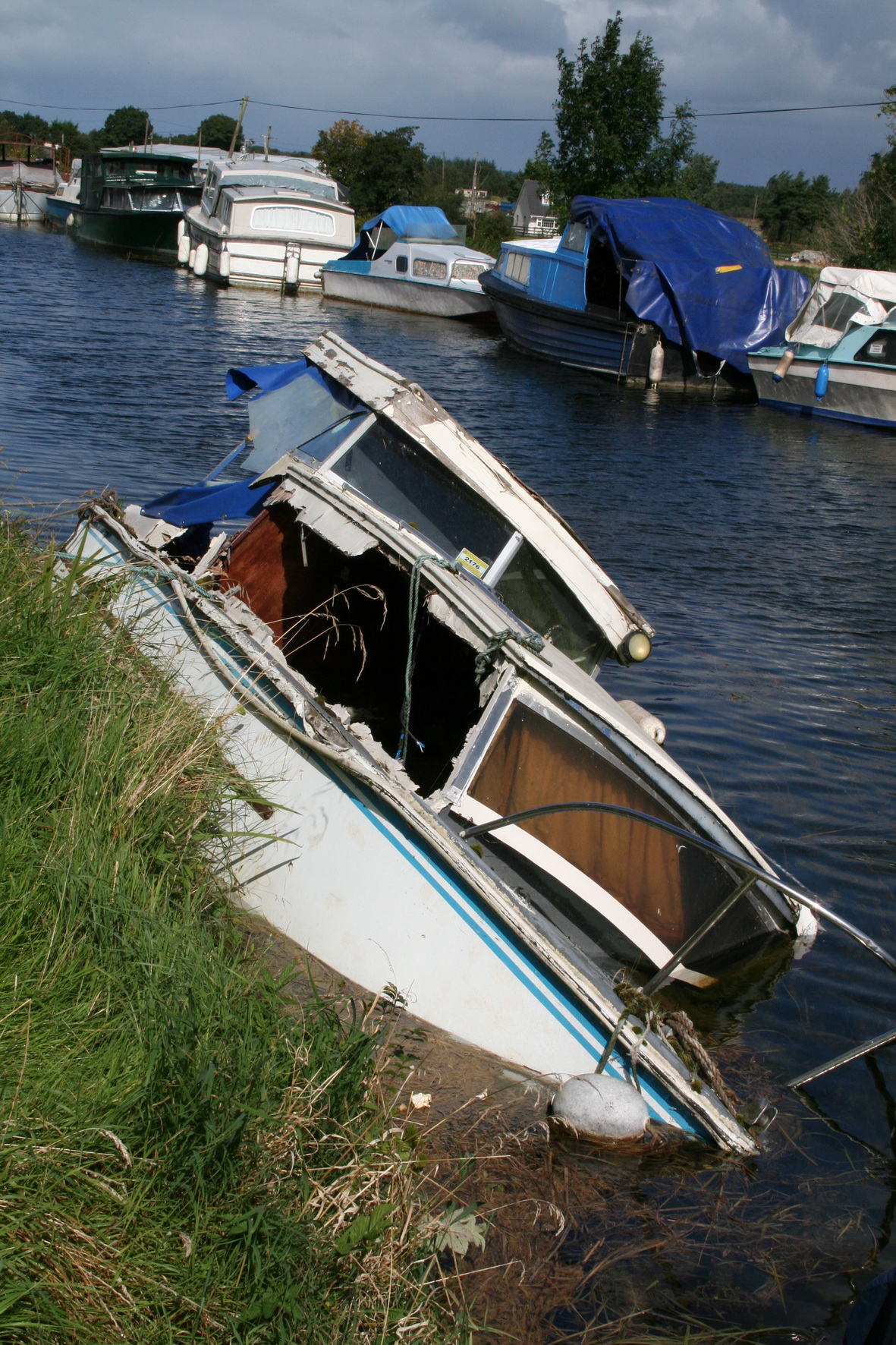 for specified cabin sale not cabins cruiser cruisers foot pacemaker alglas