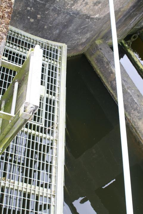 Victoria Lock: upper land-racks | Irish waterways history