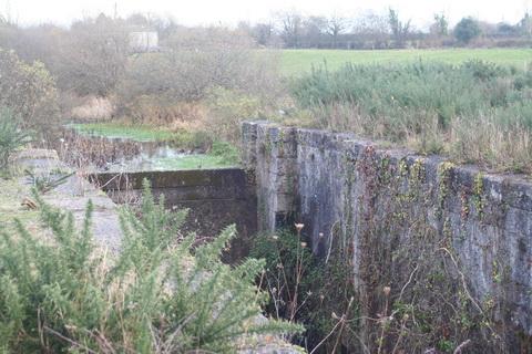 Errina Lock (looking upstream)