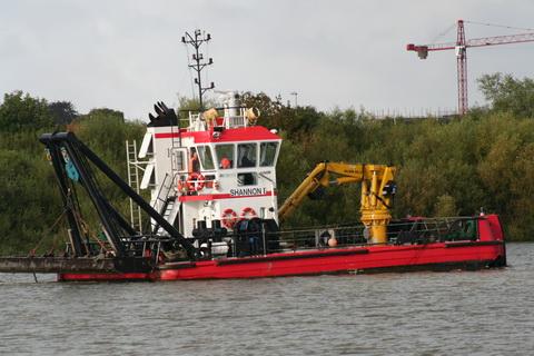 Limerick Port dredger Shannon I 7_resize