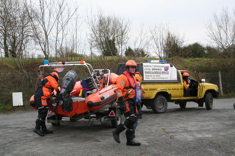 North Tipp Civil Defence RIB at Dromineer 09_resize
