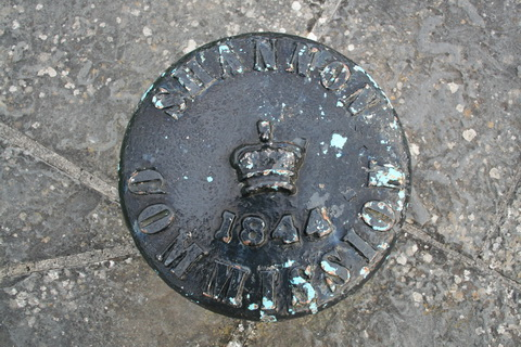 Shannon Commission bollard 1844_resize