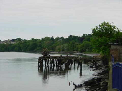 The remains of the Graves quay (I think)