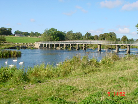 The footbridge in Castleconnell at normal summer level in 2002
