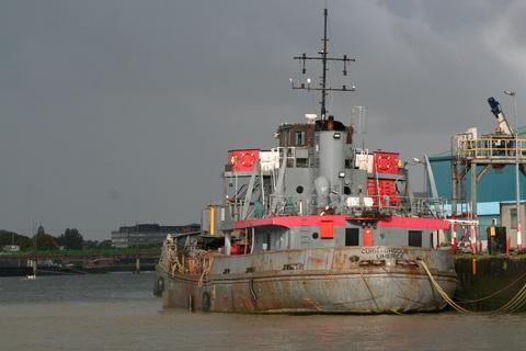 Limerick Port old dredger Curraghgour II 6_resize