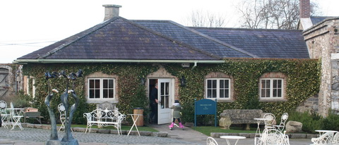 The Canal Café, mere feet from the canal bank