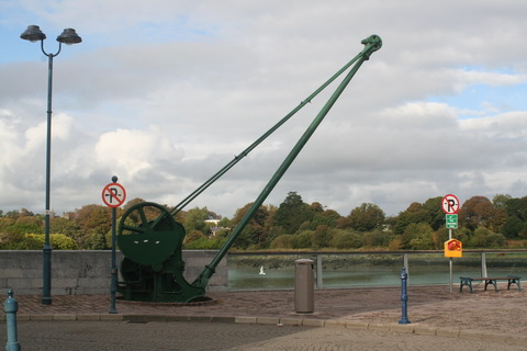 Waterford Scotch Quay crane 01_resize