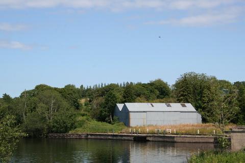 Landing place upstream of Creeny Bridge_resize