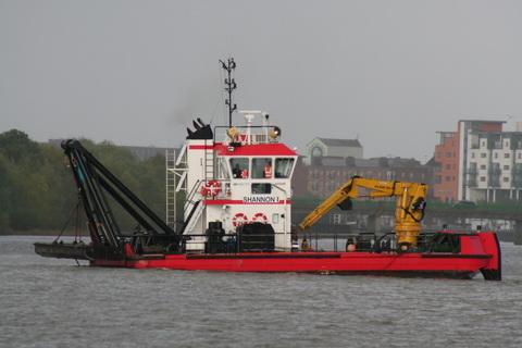 Limerick Port dredger Shannon I 3_resize