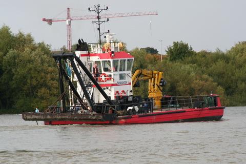 Limerick Port dredger Shannon I 5_resize