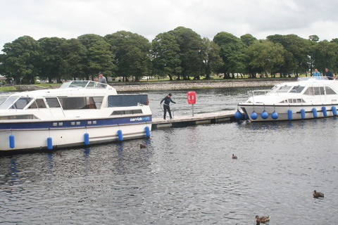 Athlone waiting pontoons