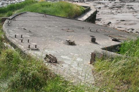Purton concrete barges 02_resize
