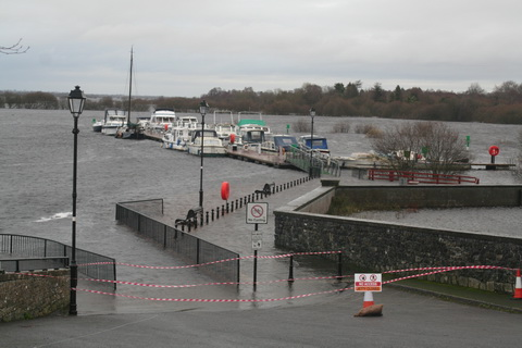 Floods 20151208 Shannonbridge 01_resize